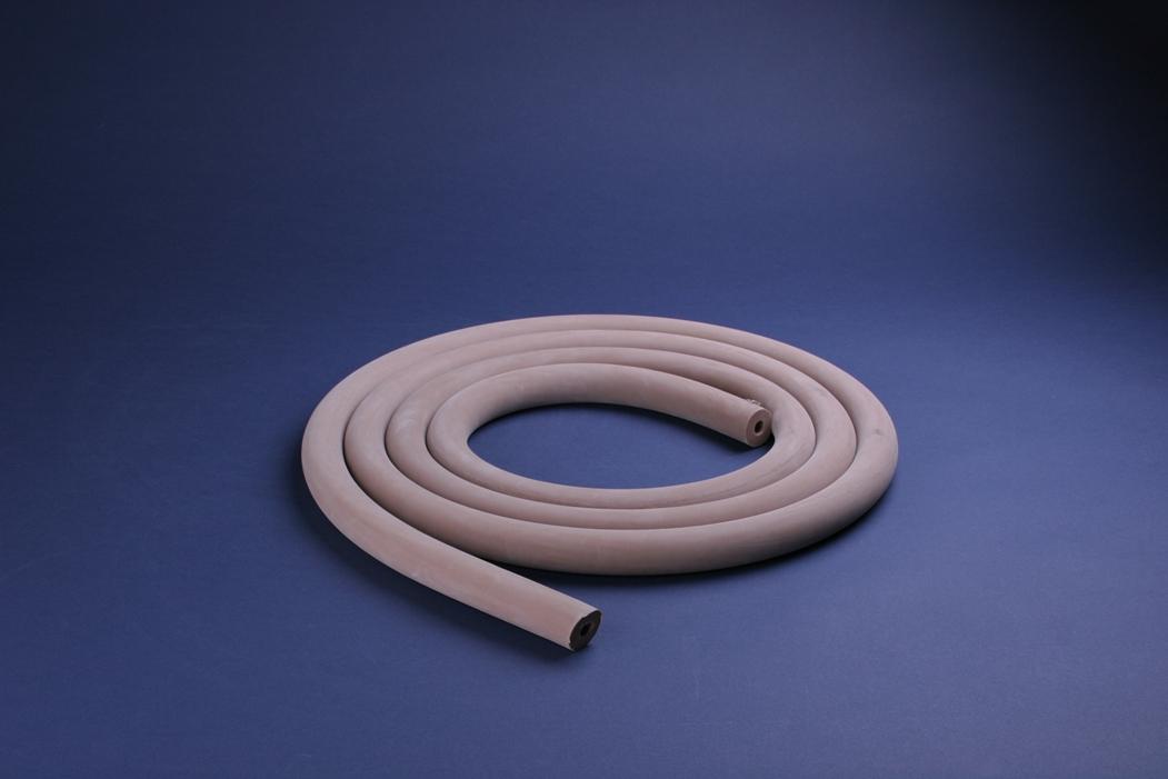 真空ゴム管 上質の天然ゴムを使用した純度の高い製品で、接続部のなじみも定評がありま... 飯田ゴ